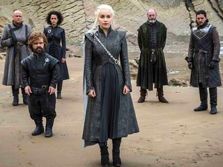 """""""Gra o tron"""" powraca. Wiemy, ile przyjdzie poczekać na premierę 8. sezonu"""