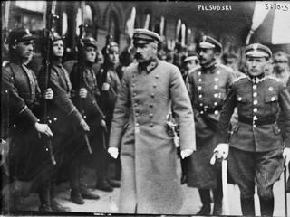 """""""Wodzu, prowadź na Kowno!"""". Dlaczego przedwojenne Polska i Litwa były bliskie wojny?"""