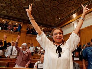 Islamska feministka rządzi arabską stolicą