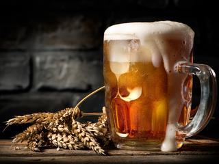 Boli Cię głowa? Napij się piwa