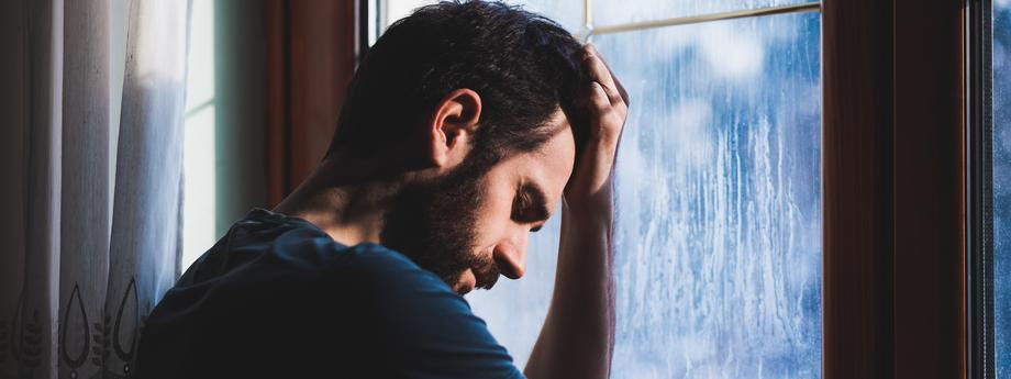 przemoc mężczyzna smutek depresja