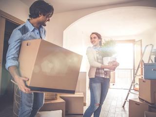 Mieszkanie na kredyt robi się passe. Polacy dostrzegli inny sposób na własne M