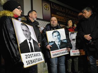 Ekshumowano ciało Sebastiana Karpiniuka. Wbrew woli rodziny