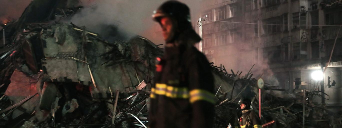 Sao Paulo Brazylia At least one dead in building collapse after a fire in Sao Paulo