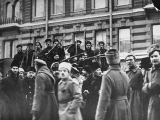 Teraz Lenin. Rewolucja październikowa. Jak bolszewicy przejęli władzę w Rosji?