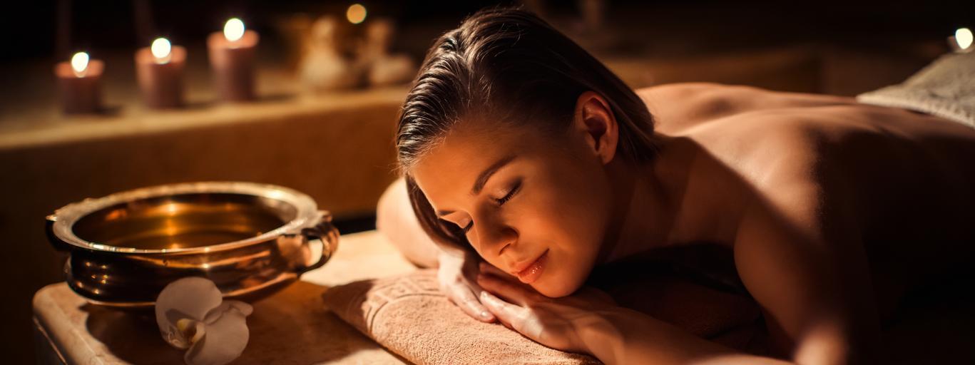 spa kobieta odpoczynek masaż urlop wakacje