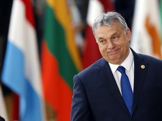 Polska znów zostanie sama w UE. Orban odwraca się od PiS