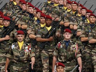 Wspólna armia UE wielu się nie podoba. Ale po cichu budują ją Niemcy