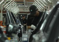 Pijani i na haju - Polacy zatrzymali taśmy produkcyjne BMW