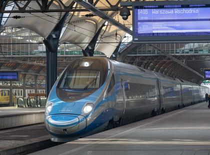 Dworzec Wrocław Główny pendolino pociąg stacja