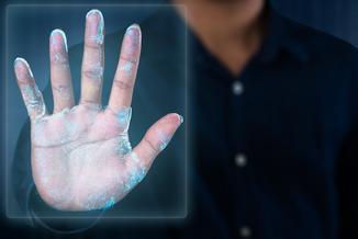 Uwaga na palce