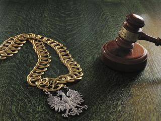 Bubel prawny. PiS-owska ustawa o Sądzie Najwyższym sama sobie przeczy