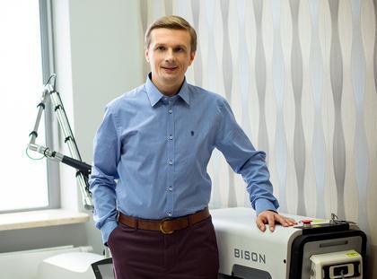 Doktor Marek Wasiluk