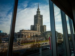 Warszawa to tanie miasto. Dla kogo?