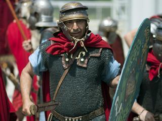 """""""Przywieźcie nam piwa"""". O czym pisali rzymscy legioniści?"""