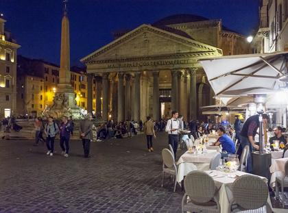 Pantheon at night with open restaurants