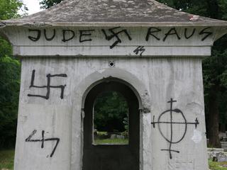 Antysemicki język jak z gomułkowskiej propagandy