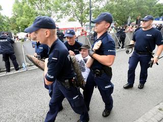 Uniewinnieni demonstranci znów oskarżeni