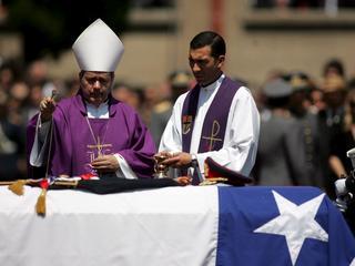 Chilijscy biskupi złożyli rezygnację po wybuchu skandalu pedofilskiego