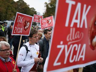 """Ordo Iuris – za polskimi """"obrońcami życia"""" stoi tajemnicza sekta?"""