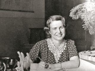 Odważna i samotna Irena Sendlerowa. Właśnie ukazała się jej biografia
