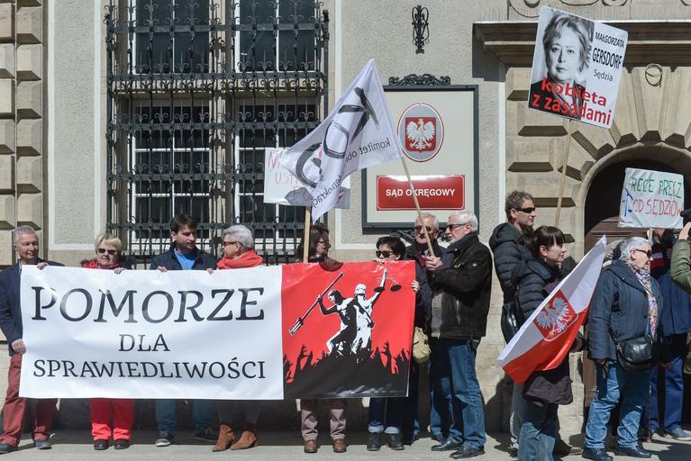 Protest sedziow w Sadzie Okregowym w Gdansku