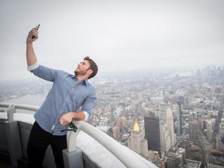 Jesteś uzależniony od selfie? To znak, że cierpisz na zaburzenia psychiczne
