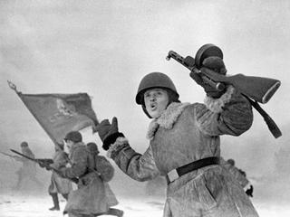 Jak i dlaczego ZSRR ukrywało prawdę o II wojnie światowej?