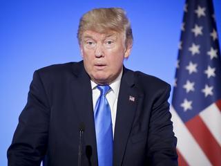 """Książka, która może pogrążyć Trumpa. Dlaczego tak boi się """"Fire and Fury""""?"""