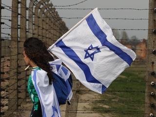 """""""Strzał we własną stopę"""". Jak PiS wywołał kryzys w stosunkach z Izraelem"""