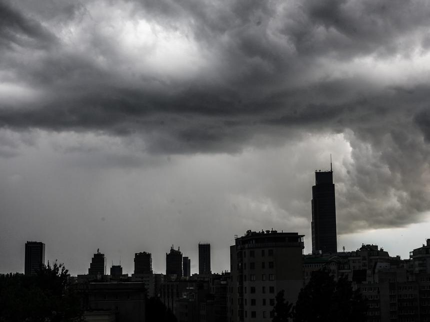Chmury nad centrum Warszawy