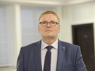 Senator PiS udostępniał antysemickie treści. Jest reakcja Kaczyńskiego