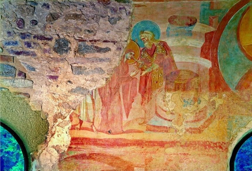 Wczesnośredniowieczne malowidło przedstawiające Próbę gorzkiej wody w kościele Santa Maria Foris Portas w Castelseprio we Włoszech