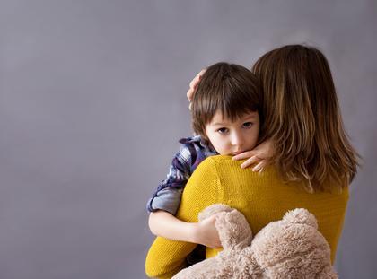 dziecko matka z dzieckiem dzieci
