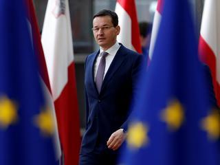 """Polska jedzie do Brukseli po unijne pieniądze. """"Dobra zmiana"""" zaraz odbije się nam czkawką"""