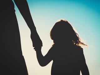 Zobacz, jak łatwo uprowadzić dziecko [WIDEO]