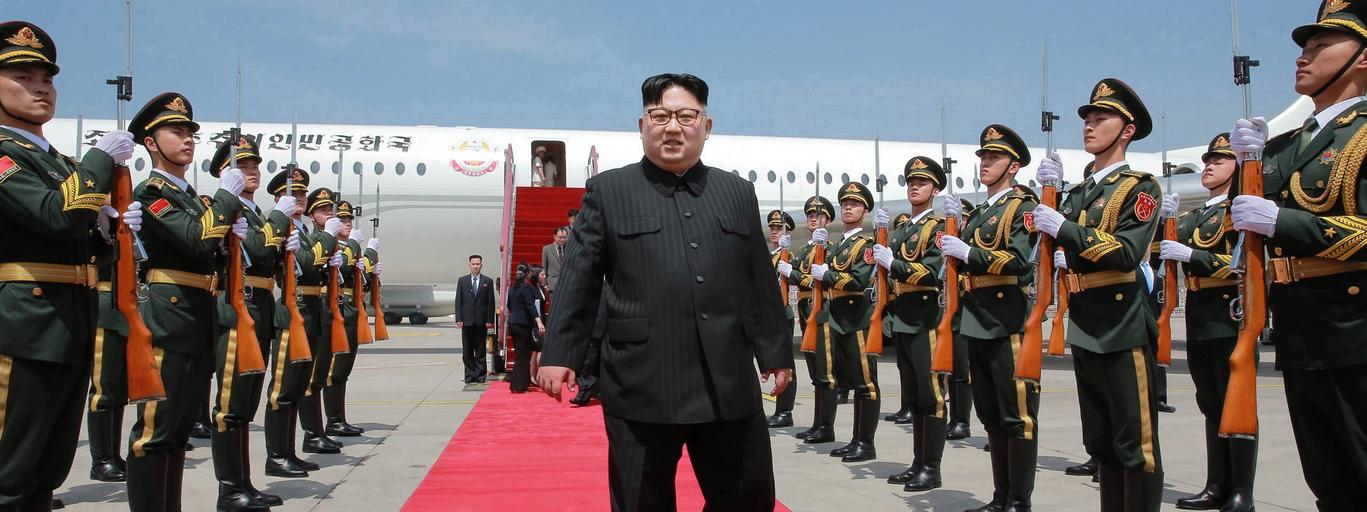 North Korean leader Kim Jong-un meets with Xi Jinping in Dalian