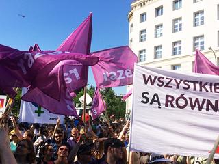 Partia Razem wzywa do bojkotu wody Cisowianki