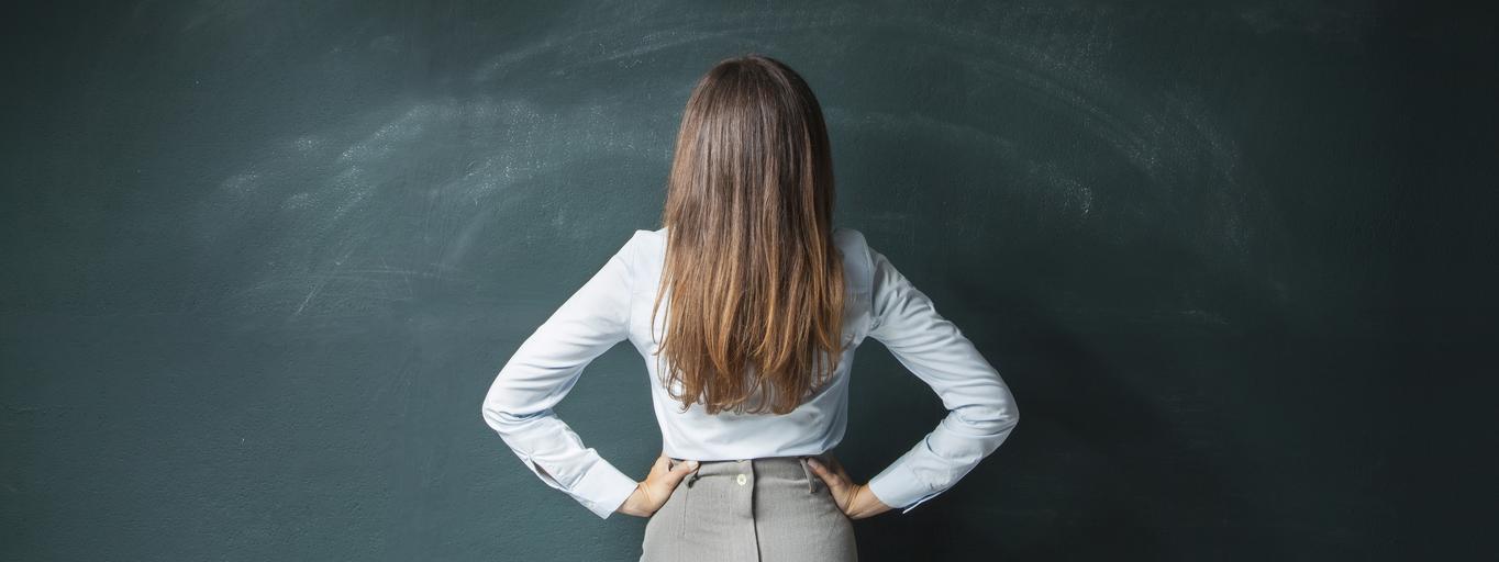 nauczycielka, tablica, szkoła