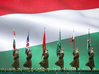 Węgry maszerująwprzeszłość