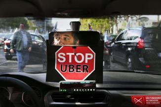 Krakowscy taksówkarze polują na Uberowców