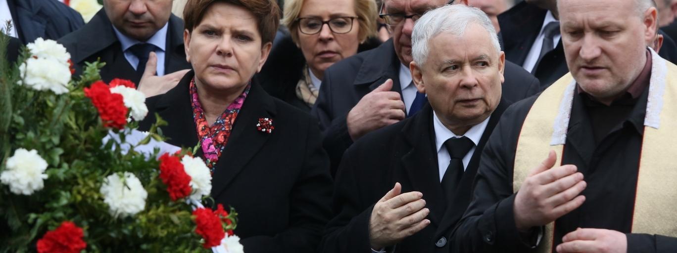 smoleńsk katastrofa rocznica Beata Szydło, Jadwiga Wiśniewska, Stanisław Karczewski, Jarosław Kaczyński