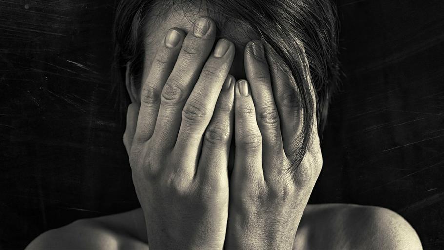depresja smutek rozpacz kobieta