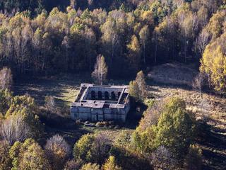 Nad polskim miastem do dziś góruje ostatnia świątynia Hitlera