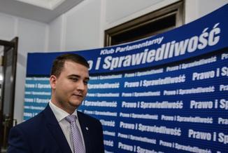 Misiewicz musi odejść? Tak twierdzi Jarosław Kaczyński