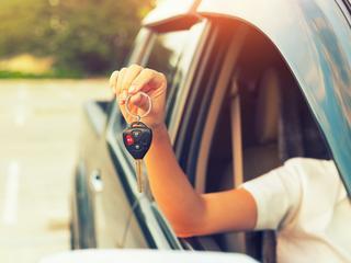 Polacy kupują samochody na potęgę. Jakie modele najchętniej?