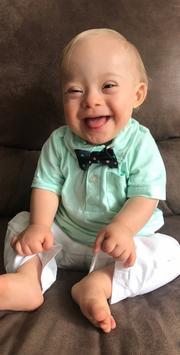 Uśmiechnięta twarz Lucasa