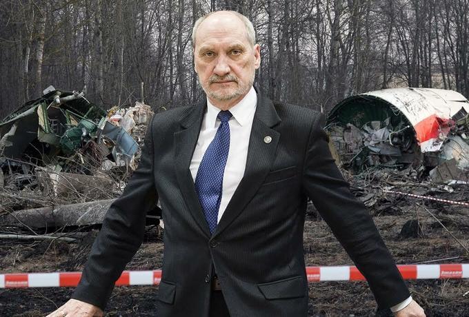 Macierewicz: Piloci Tupolewa chcieli uratować polską delegację z zasadzki