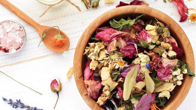 zioła kwiaty aromoterapia