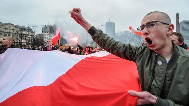 uczestnicy marsz, antyimigrancka demonstracja, narodowcy, onr